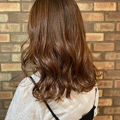 イルミナカラー ピンクブラウン ナチュラル 艶髪 ヘアスタイルや髪型の写真・画像