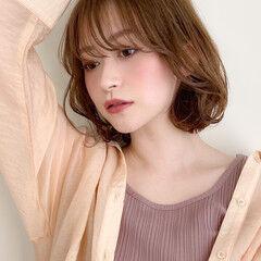 ミディアム 毛先パーマ 大人かわいい 簡単スタイリング ヘアスタイルや髪型の写真・画像