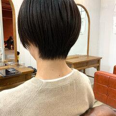 アンニュイほつれヘア 暗髪 ストレート くせ毛 ヘアスタイルや髪型の写真・画像