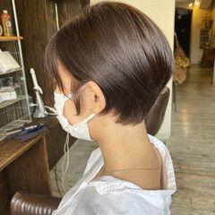 ショートヘア 秋冬ショート ミルクティー ミルクティーグレージュ ヘアスタイルや髪型の写真・画像