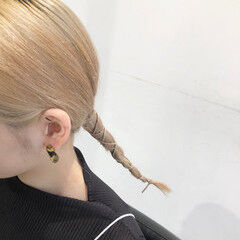 ロング 簡単ヘアアレンジ 紐アレンジ ローポニーテール ヘアスタイルや髪型の写真・画像