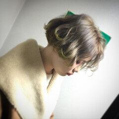 外国人風 外ハネ ネオンカラー ストリート ヘアスタイルや髪型の写真・画像