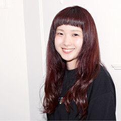 ベリーピンク ストリート ゆるふわ 冬 ヘアスタイルや髪型の写真・画像