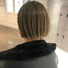 ショートヘア ミニボブ ナチュラル ハイライト ヘアスタイルや髪型の写真・画像