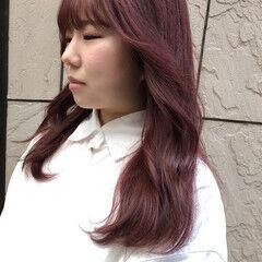 レイヤーカット ピンクカラー ストリート ロング ヘアスタイルや髪型の写真・画像