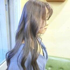 アッシュグレージュ ナチュラル ダブルカラー アディクシーカラー ヘアスタイルや髪型の写真・画像