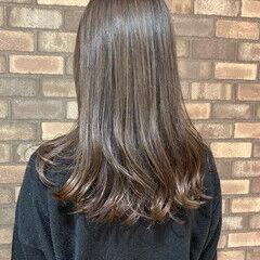 イルミナカラー スロウ セミロング ナチュラル ヘアスタイルや髪型の写真・画像