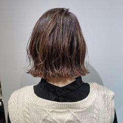 ヌーディベージュ ナチュラル ボブ ニュアンスヘア ヘアスタイルや髪型の写真・画像