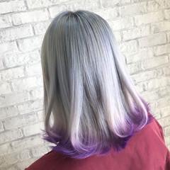 ホワイトグラデーション ボブ ホワイトシルバー ストリート ヘアスタイルや髪型の写真・画像