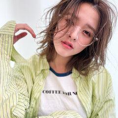 ミディアム ナチュラル 透明感カラー 透明感 ヘアスタイルや髪型の写真・画像