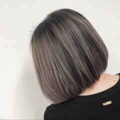 外国人風カラー アッシュ ショート ストリート ヘアスタイルや髪型の写真・画像