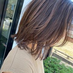 外ハネ ナチュラル レイヤーボブ レイヤースタイル ヘアスタイルや髪型の写真・画像