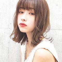 アンニュイほつれヘア ミディアム デジタルパーマ 大人かわいい ヘアスタイルや髪型の写真・画像