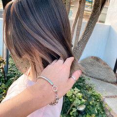 ブリーチカラー 透け感 ベージュ ミルクティーベージュ ヘアスタイルや髪型の写真・画像