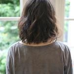 くせ毛風 ナチュラル セミロング 前髪あり