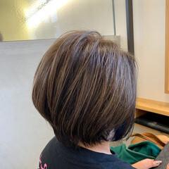 インナーカラー エレガント ショート 白髪染め ヘアスタイルや髪型の写真・画像