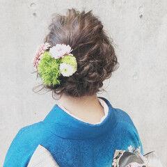 謝恩会 ナチュラル 花 セミロング ヘアスタイルや髪型の写真・画像