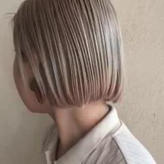 ボブ ストリート ミニボブ ホワイト ヘアスタイルや髪型の写真・画像