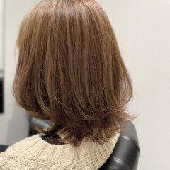くびれカール 似合わせカット ミディアム モテ髪 ヘアスタイルや髪型の写真・画像