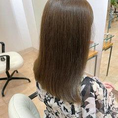 ブルーアッシュ オリーブアッシュ アッシュグレー くすみカラー ヘアスタイルや髪型の写真・画像