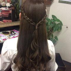 アッシュ アッシュグレージュ グレーアッシュ ヘアアレンジ ヘアスタイルや髪型の写真・画像