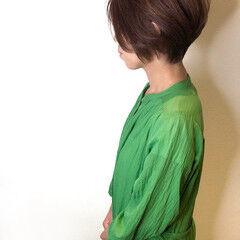 ナチュラル 前下がりショート ナチュラルブラウンカラー 前下がりヘア ヘアスタイルや髪型の写真・画像