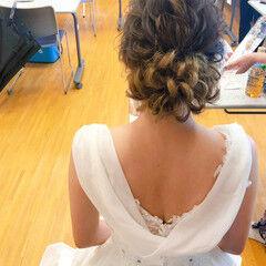 ブライダル フェミニン セミロング アップ ヘアスタイルや髪型の写真・画像