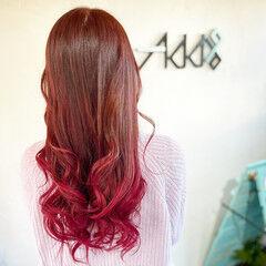 ピンクバイオレット 韓国風ヘアー エレガント バレイヤージュ ヘアスタイルや髪型の写真・画像