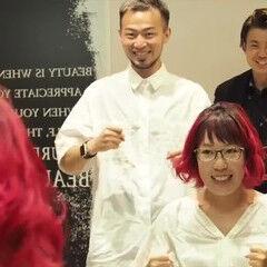 ピンクバイオレット ボブ巻き動画 カラーバター ナチュラル ヘアスタイルや髪型の写真・画像
