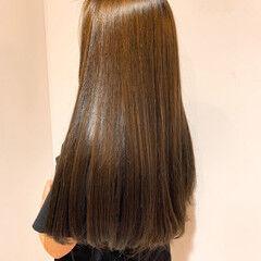 ナチュラル セミロング 美髪 美髪矯正 ヘアスタイルや髪型の写真・画像