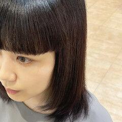 ぱっつん ミディアム ワイドバング 前髪パッツン ヘアスタイルや髪型の写真・画像