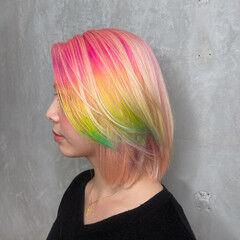 ピンクヘア 個性的 派手髪 レインボーカラー ヘアスタイルや髪型の写真・画像