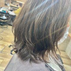 ナチュラル デジタルパーマ パーマ コテ巻き風パーマ ヘアスタイルや髪型の写真・画像