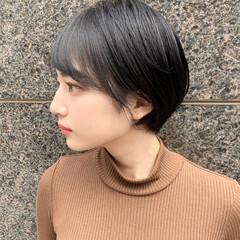 ナチュラル 耳掛けショート ナチュラル可愛い 横顔美人 ヘアスタイルや髪型の写真・画像