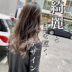 ブリーチ 透明感 外国人風 ナチュラル ヘアスタイルや髪型の写真・画像