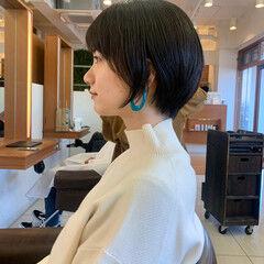 ナチュラル ショート ショートヘア 前下がりショート ヘアスタイルや髪型の写真・画像