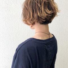 ショート マッシュ 小顔 グラデーションカラー ヘアスタイルや髪型の写真・画像