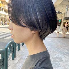 アッシュベージュ ハンサムショート インナーカラー ナチュラル ヘアスタイルや髪型の写真・画像