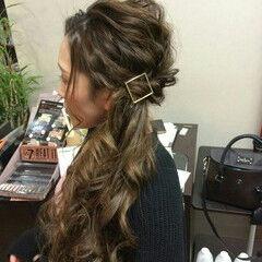 ナチュラル ヘアアレンジ ロング サイドアップ ヘアスタイルや髪型の写真・画像