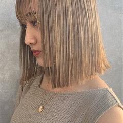ブロンド ミルクティーベージュ ミルクティー ナチュラル ヘアスタイルや髪型の写真・画像