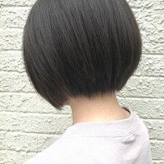 女っぽヘア 小顔ヘア 黒髪ショート ナチュラル ヘアスタイルや髪型の写真・画像