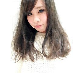 外国人風カラー 渋谷系 ロング 逆三角形 ヘアスタイルや髪型の写真・画像