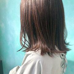 艶カラー ナチュラル ブラウン ミディアム ヘアスタイルや髪型の写真・画像