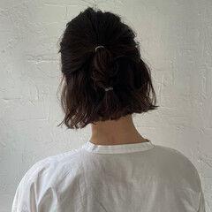 切りっぱなし ふわふわヘアアレンジ 切りっぱなしボブ ゆるナチュラル ヘアスタイルや髪型の写真・画像