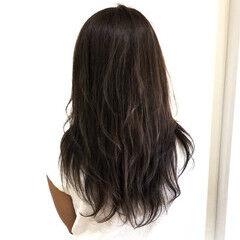 アッシュ セミロング ラズベリー 透明感 ヘアスタイルや髪型の写真・画像