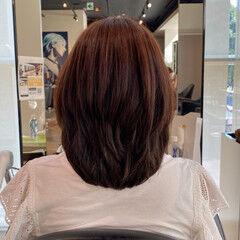 簡単スタイリング ミディアムレイヤー 艶髪 レイヤーカット ヘアスタイルや髪型の写真・画像