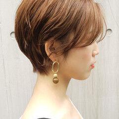 コンサバ オフィス ショートボブ ショート ヘアスタイルや髪型の写真・画像