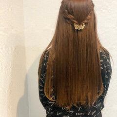 ロング ヘアアレンジ ハーフアップ ねじり ヘアスタイルや髪型の写真・画像