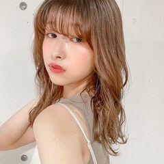 レイヤーカット ナチュラル ピンクベージュ 韓国ヘア ヘアスタイルや髪型の写真・画像