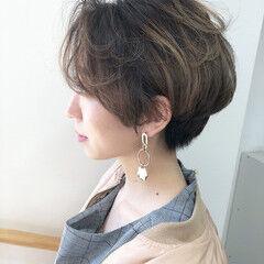 イルミナカラー サファリベージュ ナチュラル 透明感 ヘアスタイルや髪型の写真・画像